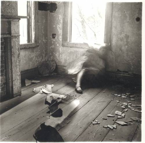 Francesca-Woodman-House-3-Providence-Rhode-Island-1976.jpg